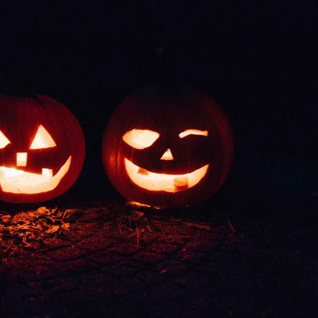 "5 Halloween Date Ideas That'll Have You Saying ""Hey, Boo!"""