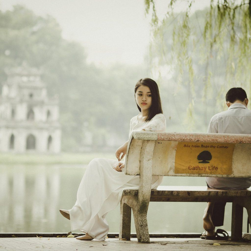 5 Signs Your Partner May Be Cheating