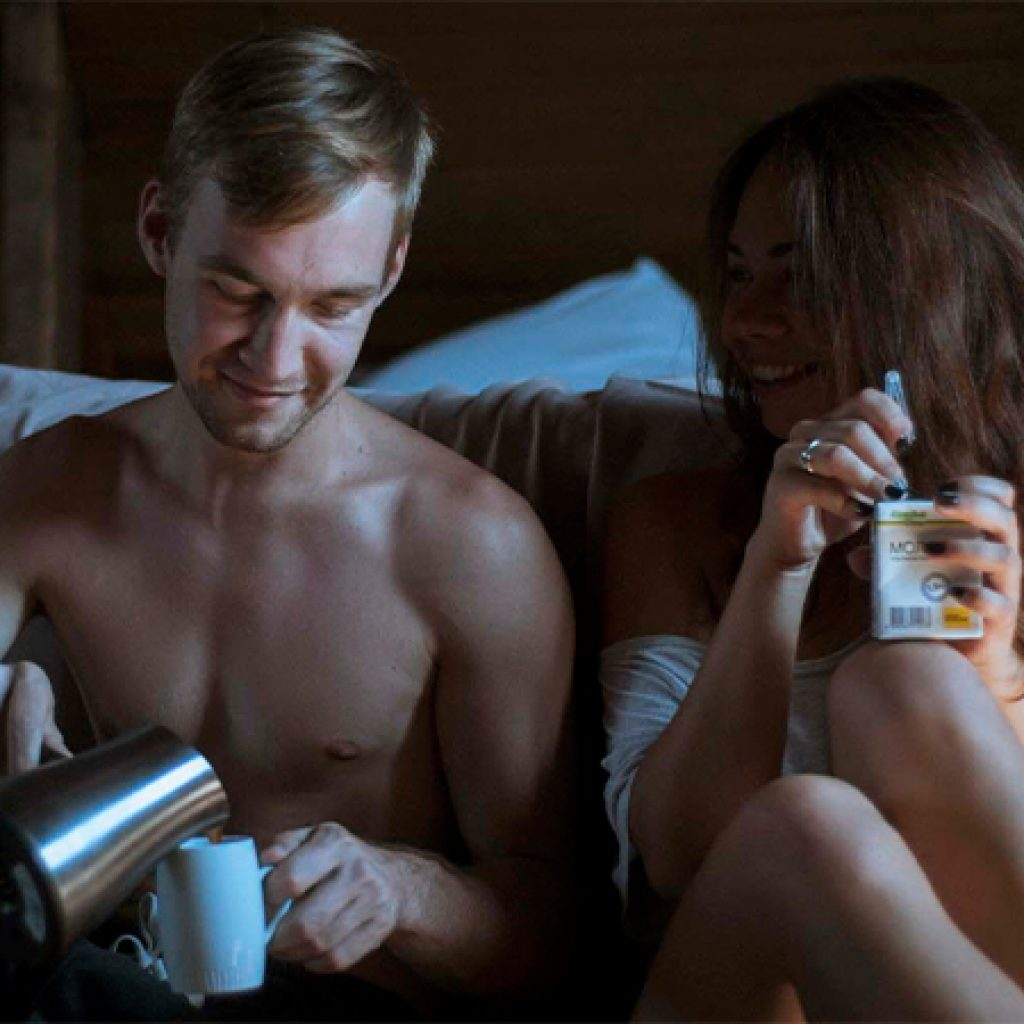 6 Pros And Cons Of Friends With Benefits
