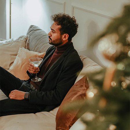 4 Ways To Support People Spending Christmas Alone
